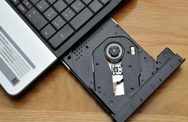 Khắc phục lỗi không mở được ổ đĩa dvd trên laptop